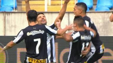 Vitória perde para o Botafogo e deixa escapar a chance de entrar no G4 do Brasileiro - Confira as notícias do rubro-negro baiano.