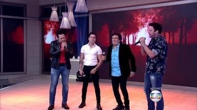 João Bosco e Vinícius lançam disco com várias participações especiais - Matogrosso e Mathias fazem participação especial no novo disco da dupla