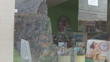 Loja no Centro de Macapá é arrombada durante a noite - Uma loja no Centro de Macapá foi arrombada na noite de domingo.