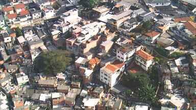 Conheça boas iniciativas desenvolvidas pelos moradores de Paraisópolis - Reportagem de Mariane Salerno apresenta o Fórum Multientidades, criado em 1994, que congrega 25 ONGs da comunidade com o objetivo de fortalecer as iniciativas populares, melhorando a qualidade de vida dos moradores