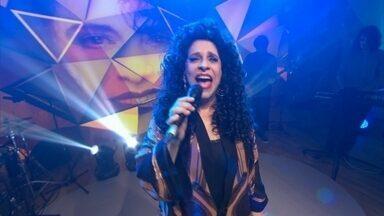 Gal Costa canta 'Quando você olha para ela' na redação-estúdio do Fantástico - Gal Costa