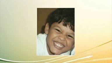 Ex-cabo da PM é condenado pela morte de menino João Roberto em 2008, no RJ - Criança tinha três anos e levou um tiro quando o carro em que estava foi confundido com o de bandidos. A pena de William de Paula é de 18 anos de prisão.