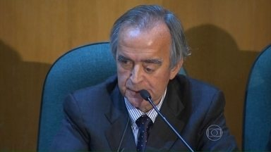 Procuradores suíços identificam contas controladas por Nestor Cerveró - Ex-diretor de Petrobras sempre negou ter dinheiro no exterior. Cerveró foi condenado em um processo por lavagem de dinheiro e está preso.