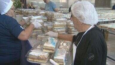 No Dia de Santo Antônio, fiéis distribuem bolos nas cidades da região - Igrejas de Campinas (SP) e Piracicaba (SP) reuniram fiéis logo cedo.