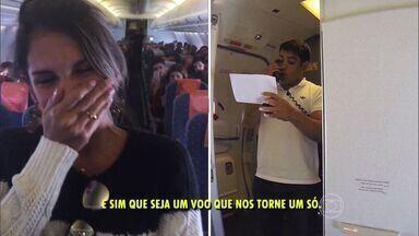 Engenheiro pede namorada em casamento em voo para Vitória - Casal se conheceu em São Paulo e namora a distância há dois anos.