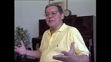 Fernando Brant é um dos músicos mais importantes de Minas Gerais; reveja carreira - TV Globo Minas faz homenagem ao grande artista mineiro, parceiro mais importante de Milton Nascimento e um dos fundadores do Clube da Esquina.