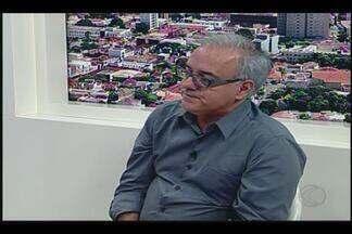 Diretor de novelas da Globo comenta sobre carreira em visita a Uberaba - Luciano Borba Sabino participou e entrevista no MGTV 1ªedição deste sábado (13). Diretor trabalhou nas novelas Esplendor, Vale Tudo, Salsa e Merengue, entre outras.