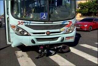 Dois acidentes graves são registrados em avenida de Fortaleza - As ocorrência ocorreram na Avenida Bezerra de Menezes.