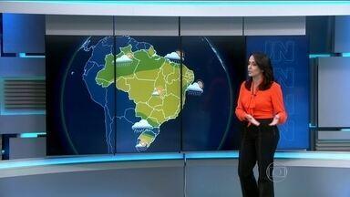 Previsão é de chuva forte na região Sul - O domingo (14) será de chuva entre o centro-norte do Rio Grande do Sul e Santa Catarina. Também há risco de pancadas de chuva em parte da região Norte e em pontos isolados da faixa leste do Recôncavo Baiano até o litoral de Pernambuco.
