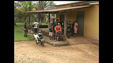 Dono de carro destruído por fogo é encontrado morto em Santarém - Corpo estava em uma casa na comunidade Estrada Nova.
