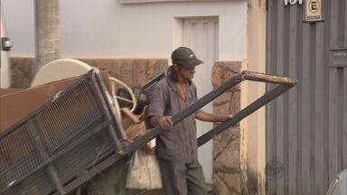 Catador recebe indenização por ser expulso de lanchonete em Pouso Alegre (MG) - Catador recebe indenização por ser expulso de lanchonete em Pouso Alegre (MG)
