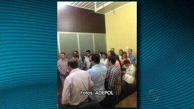 Delegados da Polícia Civil de Sergipe realizam paralisação de advertência - Delegados da Polícia Civil de Sergipe realizam paralisação de advertência