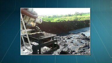 Prefeiturade Maringá investiga despejo de material em estação de tratamento da Sanepar - De acordo com fiscais da Secretaria de Meio Ambiente trata-se de esgoto