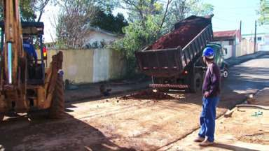 Algumas regiões de Guarapuava ainda continuam sem água! - 10 mil residências ficaram sem água hoje aqui em Guarapuava, inclusiva escolas e postos de saúde. Segundo a Sanepar, o abastecimento deve voltar ao normal até amanhã!