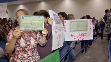 Critério do número de votos para abrir processante divide vereadores em Campo Grande - Teve sessão na Câmara Municipal nesta terça-feira (16) e a Comissão Processante para investigar o prefeito Gilmar Olarte não entrou em votação. Também houve pressão de grevistas no plenário.