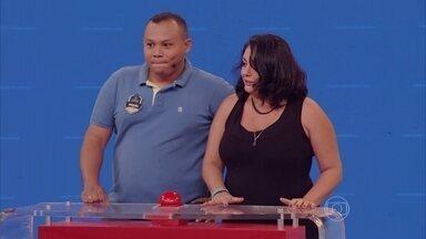 Welder Rodrigues e Patrícia Pinho disputam o Acerte o Desenho - Humoristas do novo Zorra ajudam anônimos na busca por cinco mil reais
