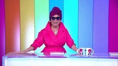 Regina Duarte abre o Vídeo Show na pele da Viúva Porcina - Para homenagear os 30 anos que Roque Santeiro foi ao ar, a atriz topa a brincadeira, enquanto Monica Iozzi e Otaviano Costa se vestem de outros personagens da novela