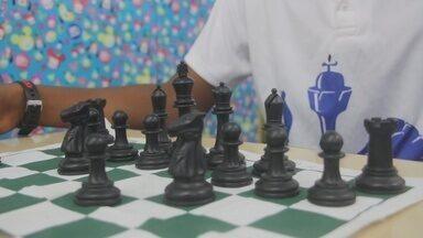 Aluno se destaca no jogo de xadrez em Ji-Paraná - Com 13 anos, Ryhan Carlos tem se destacado no esporte.
