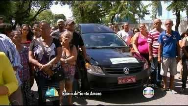 Comoção marca funeral da jovem Maria Alice, no Recife - Delegada não tem dúvida de que padrasto estuprou e estrangulou a enteada.