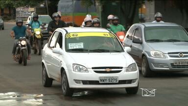 Motoristas de táxi-lotação em Paço do Lumiar criam cooperativas para organizar o serviço - Mas, apesar de ser uma alternativa para o transporte público, a falta de legalização do serviço deixa os passageiros inseguros.