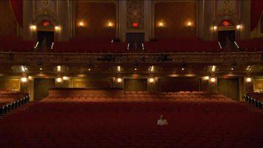 Restauração do King Theatre provocou uma revitalização em região de Nova York - O antigo cinema virou um teatro com 3.200 lugares para peças e shows. O objetivo é levar desenvolvimento para o Brooklyn