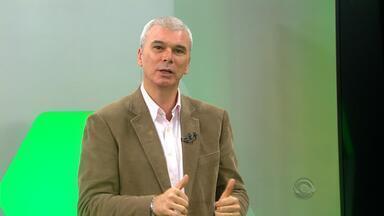 """Maurício Saraiva analisa vitória do Inter - """"Valdívia, em princípio, é titular"""", afirma o comentarista."""