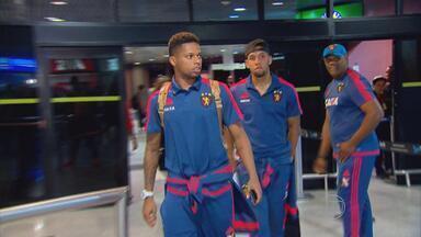 Jogadores do Sport encaram com naturalidade empate contra a Chape - No desembarque da delegação rubro-negra no Recife, nada de lamentações. Atletas valorizam ponto conquistado