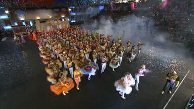 Quadrilha Moleka 100 Vergonha é a campeã do Festival em Pernambuco - Quadrilha é bicampeã.