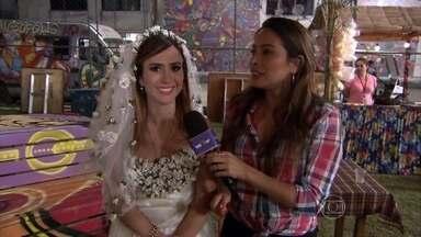 Tatá Werneck mostra figurino de noiva no arraial de I Love Paraisópolis - Elenco mostra os bastidores da festa junina da trama das 7