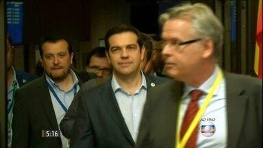 Parlamento grego terá que votar reformas exigidas pelos credores - Para ficar na Zona do Euro, o país vai ter que fazer ajustes que vão mexer muito com a vida dos cidadãos.
