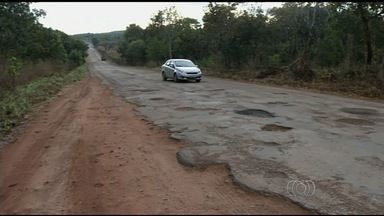 Saiba quais rodovias estão em péssimas condições em Goiás - Estradas tem muitos buracos, falta de acostamento e sinalização inadequada.