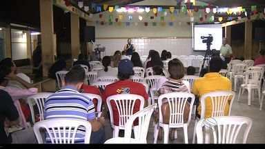 Líderes comunitários, vereadores e representantes da prefeitura discutem Plano Diretor - Audiência sobre plano diretor de Aracaju reuniu líderes comunitários, vereadores e representantes da prefeitura numa discussão sobre o futuro da capital.