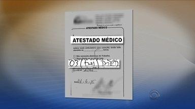 Reportagem flagra a falsificação de atestados médicos na Grande Florianópolis - Reportagem flagra a falsificação de atestados médicos na Grande Florianópolis
