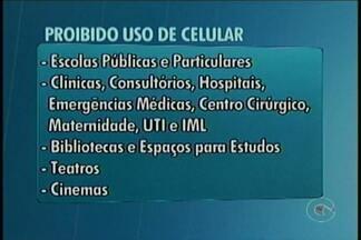 Em Petrolina, Lei proíbe o uso de celular em locais públicos fechados - O Prefeito de Petrolina sancionou uma Lei do Legislativo que restringe o uso do celular em vários locais do município.