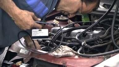 Cresce a procura por oficinas mecânicas no país - De janeiro a maio, a indústria de autopeças vendeu mais para lojas do que para montadoras de veículos novos.