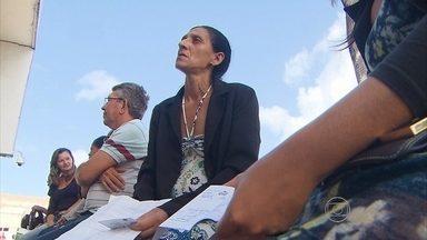 Suspensão de exames pelo Hospital Getúlio Vargas pega população de surpresa - Exames simples, como de sangue e raio x, não puderam ser feitos, mesmo por quem veio de longe.