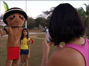 Mascote dos Jogos Mundiais Indígenas faz sucesso na capital - Mascote dos Jogos Mundiais Indígenas faz sucesso na capital