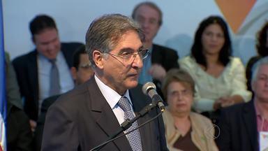 Governador anuncia liberação de recursos para obras na Zona da Mata - Pimentel também falou sobre a Lei 100 e reação à guerra fiscal.Ele está em Juiz de Fora para Fórum Regional de Governo – Território Mata.