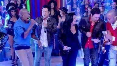 Turma do Pagode canta 'Surpresa de amor' - Música anima convidados do Esquenta!
