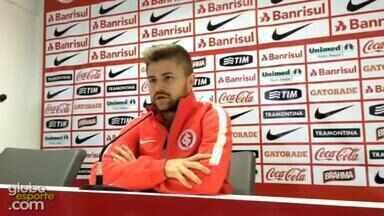 Atacante Eduardo Sasha se diz pronto para decisão contra o Tigres - Assista ao vídeo.
