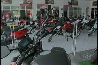 Venda de motocicletas cai por conta da crise econômica - Em Petrolina, as vendas não mantém o mesmo ritmo