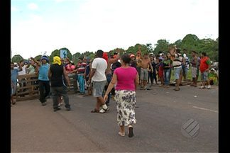 População opina sobre bloqueio de vias em protestos - Manifestações dividem opiniões.
