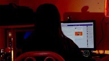 Boatos na web sobre sequestro de crianças geram medo nos pais - Segundo a polícia, muitas das histórias espalhadas pelas redes sociais são falsas. Se alguém recebeu esse tipo de mensagem e se sentiu ameaçado, deve procurar a polícia para denunciar.