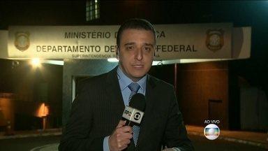 Juiz aceita denúncia contra o presidente da Odebrecht - Marcelo Odebrecht agora é réu numa ação penal. Ele e mais 12 pessoas responderão por crimes corrupção e lavagem de dinheiro nas fraudes em obras da Petrobras.