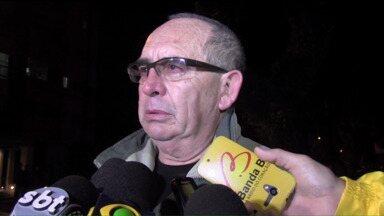 Investigador da Polícia Civil morre durante assalto em Curitiba - Segundo a polícia, ele reagiu quando grupo anunciou o roubo. Caso aconteceu em um restaurante japonês.