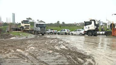 Transtornos para motoristas e pedestres na duplicação da BR-230 em CG - Veja na reportagem de Waléria Assunção.