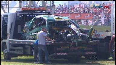 Grave acidente entre pilotos marca etapa da Stock Car em Curitiba - Apesar da colisão, os pilotos passam bem.