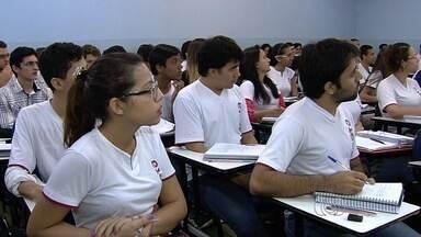 Estudantes enfrentam dificuldades para acessar o site do Fies - Inscrições para o Programa de Crédito Estudantil vão até quinta-feira (13).
