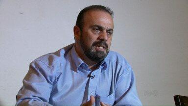 Prefeito Reni Pereira pretende limitar o número de funcionários comissionados - Ele quer reduzir de 300 para menos de 60 cargos, para isso pretende aprovar um projeto para alterar a lei orgânica do município.