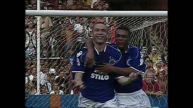 Campeão antecipado, Cruzeiro vence clássico contra o Atlético-MG pelo Brasileirão de 2003 - Campeão antecipado, Cruzeiro vence clássico contra o Atlético-MG pelo Brasileirão de 2003